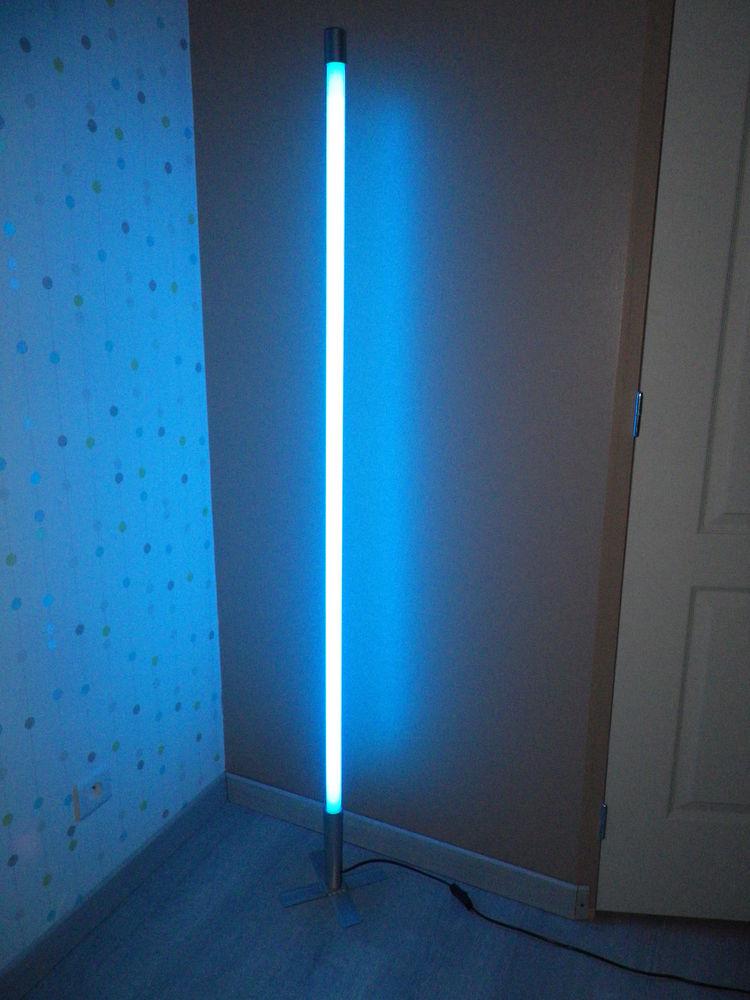 Achetez Lampe Tube Neon Quasi Neuf, Annonce Vente À Lignières (18