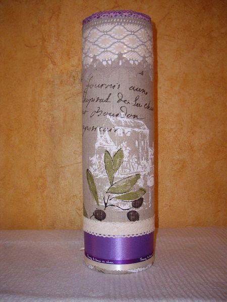 lampe verticale cylindrique Provence olive 39 Trans-en-Provence (83)