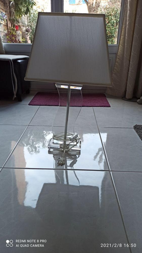 2 lampes avec pied en verre 80 Fréjus (83)