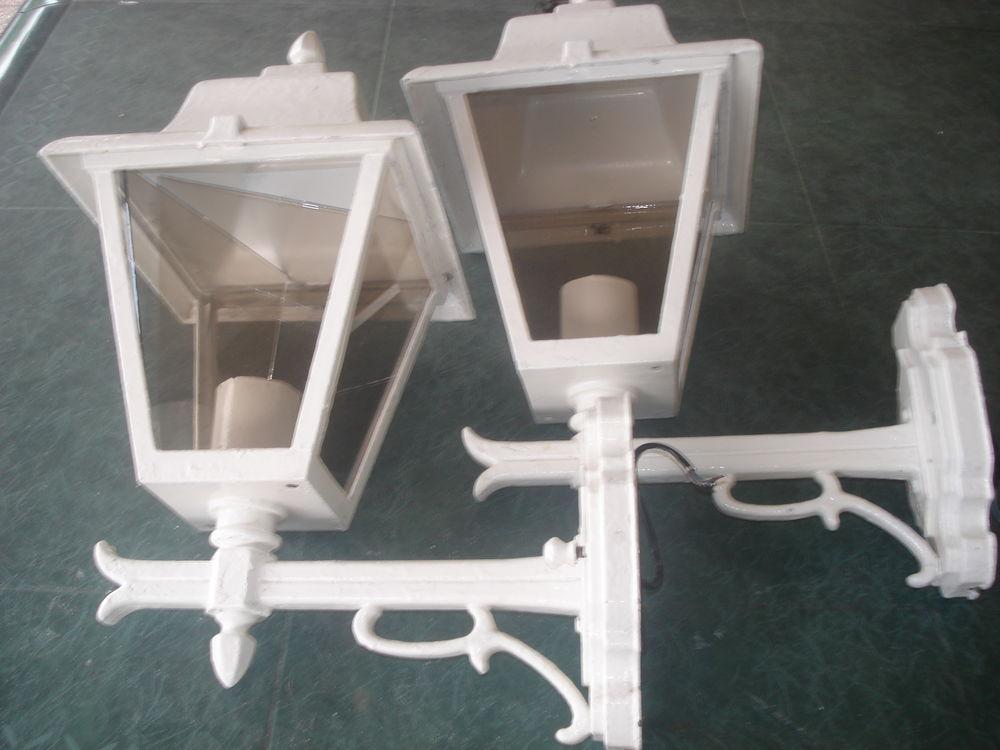 lot de 2 lampes extérieur 20 Auxonne (21)
