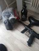 Lanceur +casque +bouteille a air +billes de peinture 80 Thiais (94)