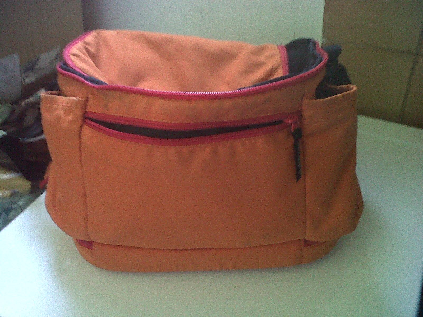 sac à langer orange 10 Cabasse (83)