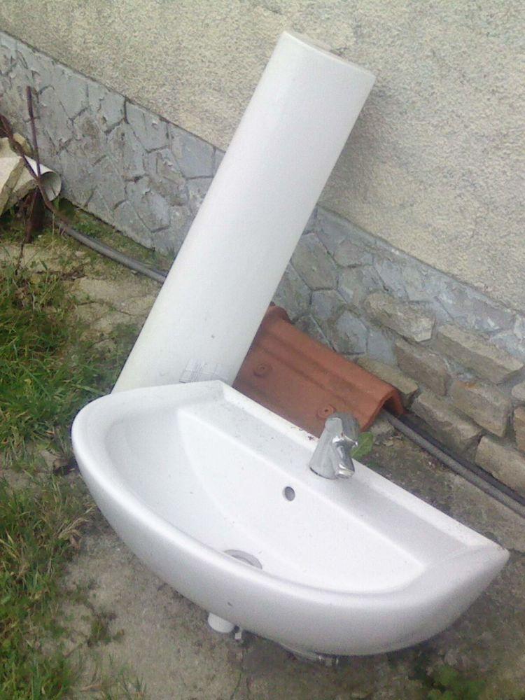 lavabo colonne et mitigeur 15 Alembon (62)
