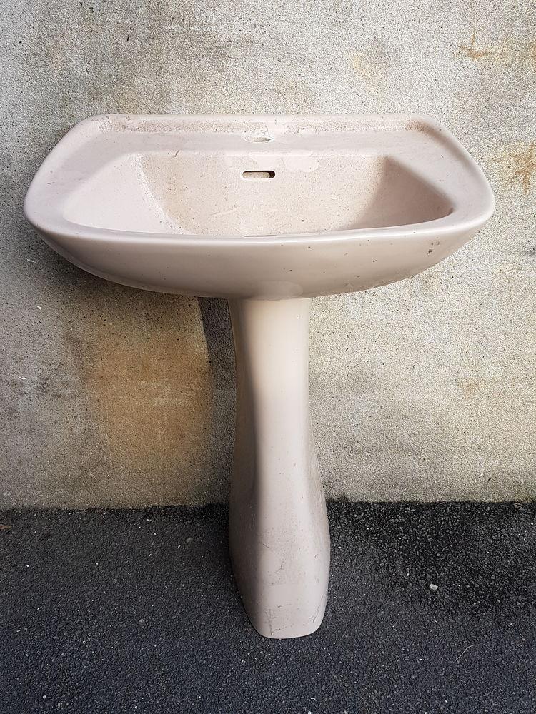 lavabo colonne 20 Avesnes-le-Comte (62)