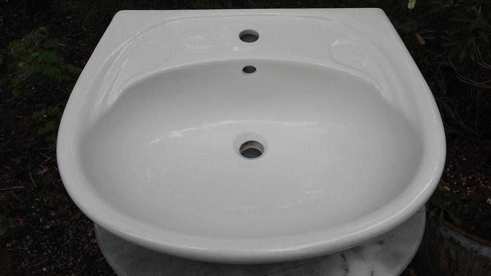lavabo 10 Sceaux-d'Anjou (49)