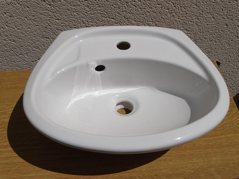 Lave-mains blanc SAVAL 14 Les Molières (91)