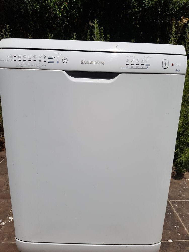 Lave vaisselle  ariston  150 Pontoise (95)