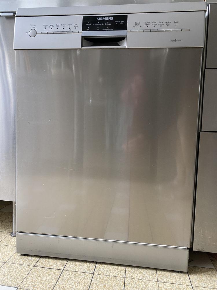 Lave vaisselle Siemens. Porte inox. 14 couverts. Cuve inox. 200 Saint-Ouen (93)