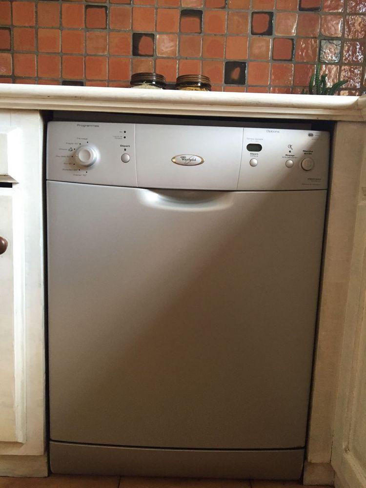 laves vaisselle occasion dans les bouches du rh ne 13 annonces achat et vente de laves. Black Bedroom Furniture Sets. Home Design Ideas
