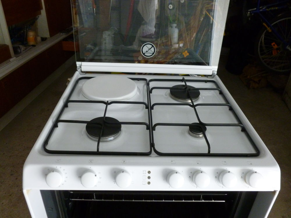 lave-vaisselle trio combiné cuisson 3+1  500 Moisenay (77)
