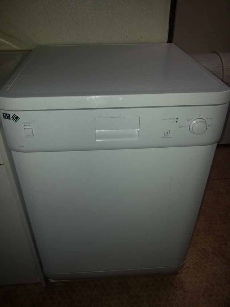 laves vaisselle occasion en lorraine annonces achat et vente de laves vaisselle paruvendu. Black Bedroom Furniture Sets. Home Design Ideas