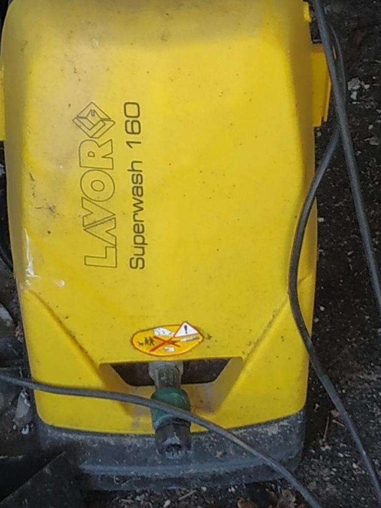 laveur a haute pression 160bars flexible hs 30euros sur bres 30 Brest (29)