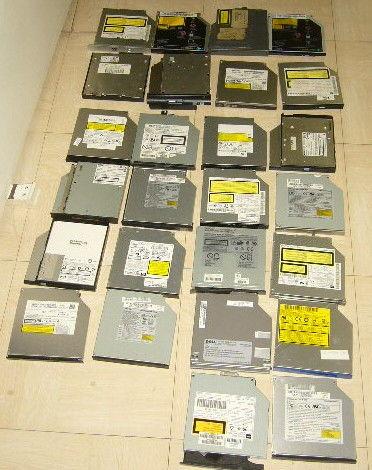 lecteur cd-rom compaq modele PT810E-029E2-fr pour pc portabl Matériel informatique