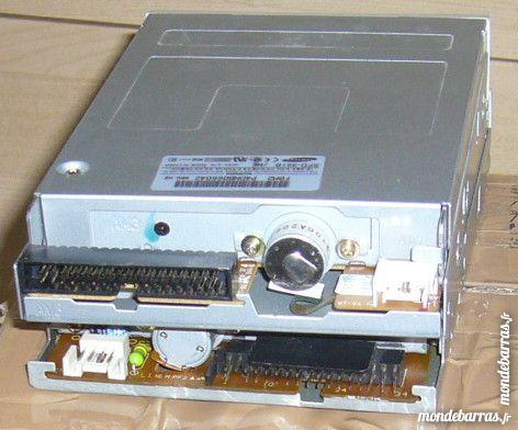 lecteur disquettes Pc bureau samsung 3 Versailles (78)