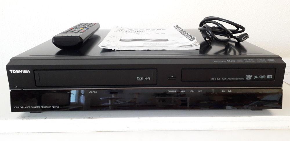 LECTEUR ENREGISTREUR VHS DVD TOSHIBA  350 Corbas (69)