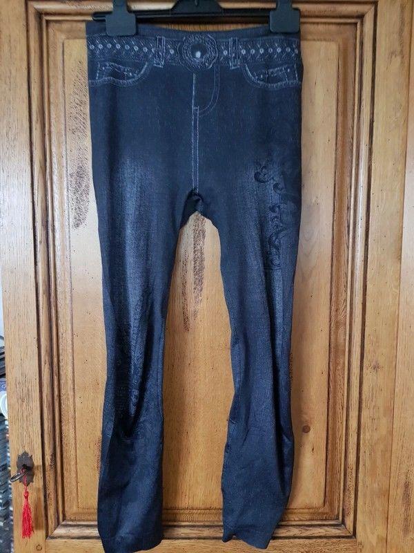 Leggings noir imprimé jean tres bon etat mesure taille a pla 6 Viriat (01)