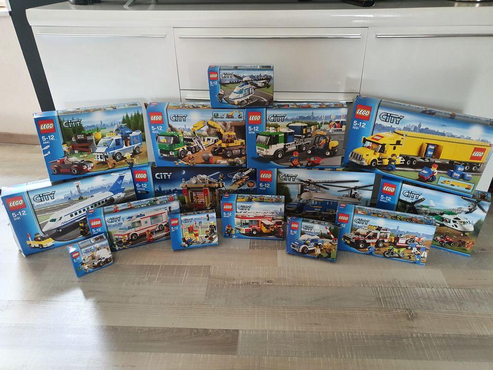 Lego city star wars (57 sets) vracs et plaques.  3100 Saint-Germain-Laval (42)