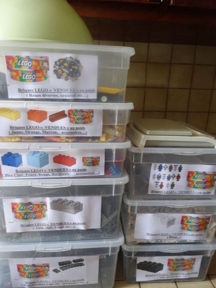 LEGO   divers couleurs & objets etc...  246 Corbeil-Essonnes (91)