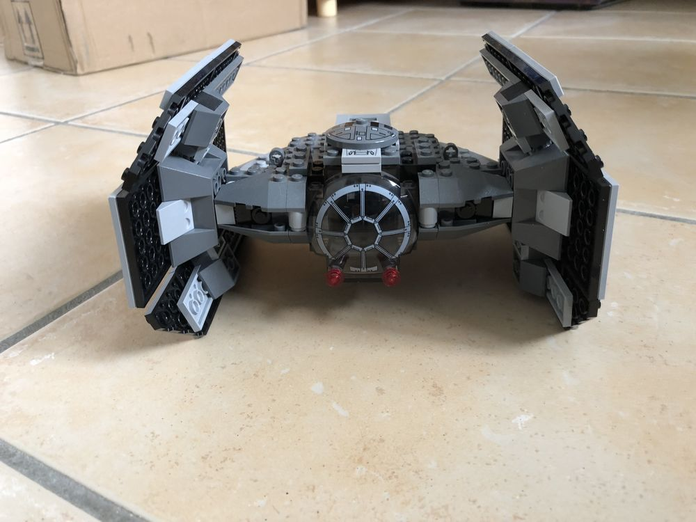 Lego star wars faucon millenium 7965 60 Le Porge (33)