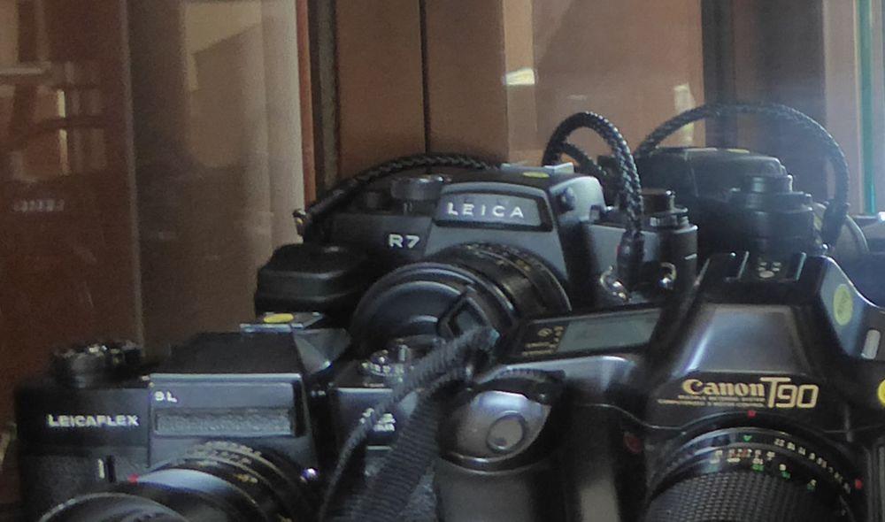 Leica R7 état neuf, sans optique, ou échange 579 Saint-Jean-d'Angély (17)