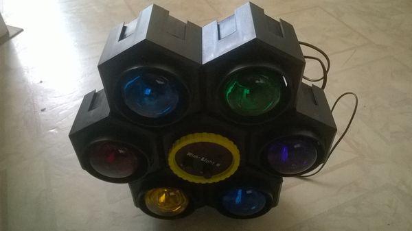 Light Shows jeu de lumières 6 spots avec 9 ampoules  60 Noisy-le-Sec (93)
