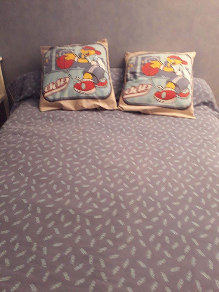 linge de lit pour enfant 20 Évron (53)