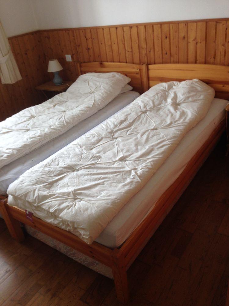 lits en bois 90X200 avec matelas 220 Arcachon (33)