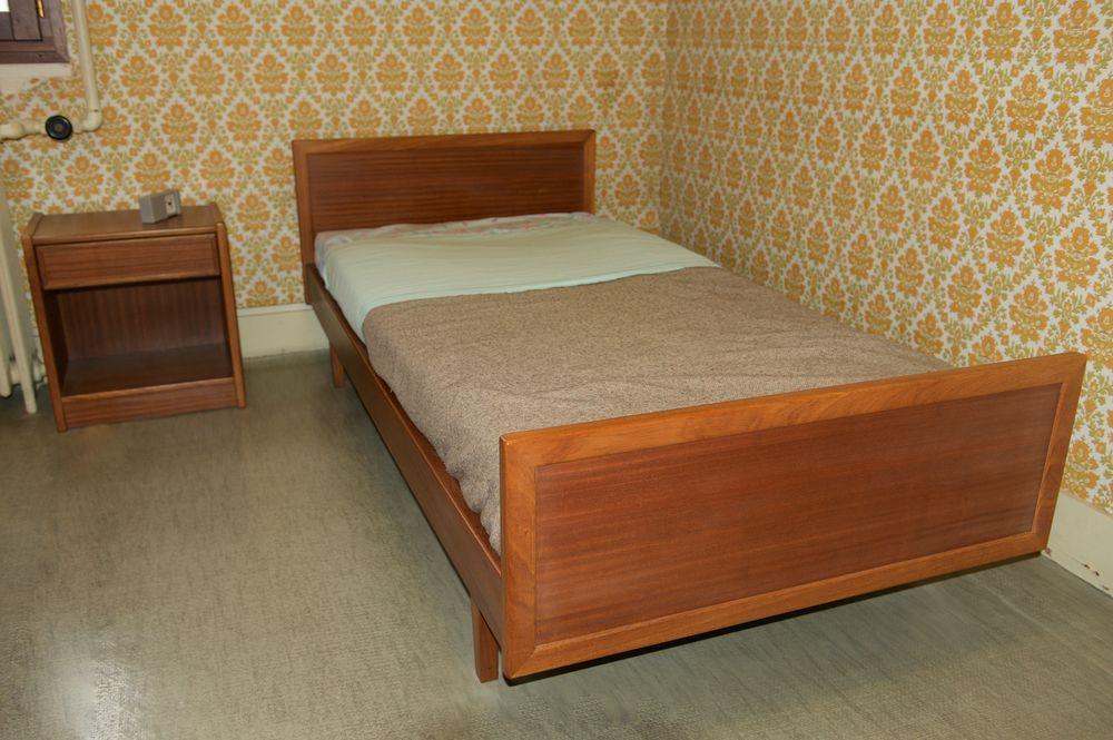 2 lits une place et 2 chevets 100 Jarrie (38)
