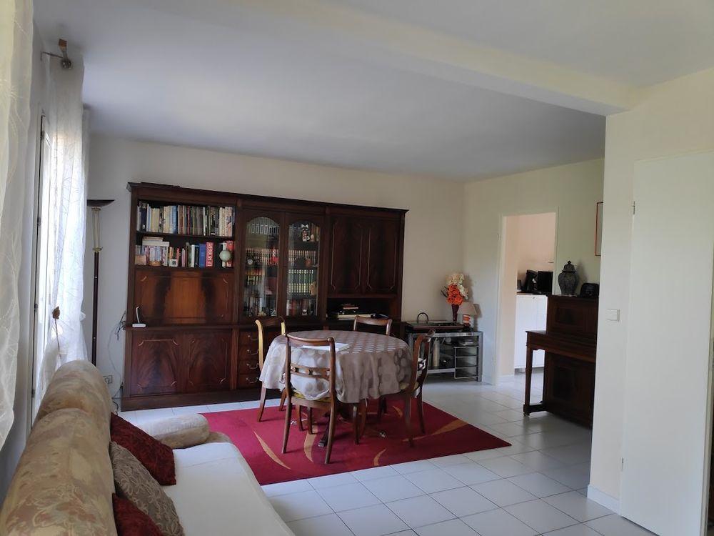 Living avec table et 4 chaises style anglais 0 Saint-Orens-de-Gameville (31)