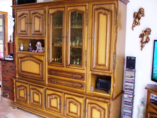Achetez living chene massif occasion annonce vente for Renovation meuble en chene