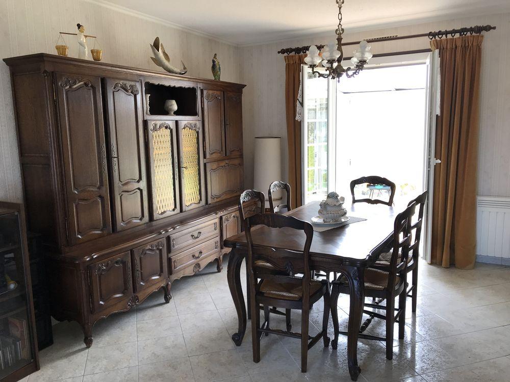living, table et chaises en chêne 1000 Montfort-l'Amaury (78)