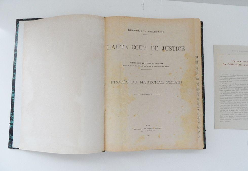 Livre Ancien Proces Du Marechal Petain 1945 Original Tbe