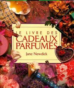 le livre des cadeaux parfumés / prixportcompris 12 Reims (51)
