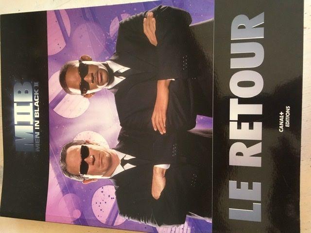 Livre collector M'en in black II 10 Rochefort (17)