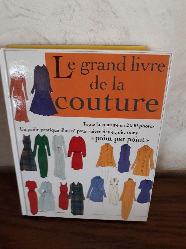 Livre de couture 12 Saint-Dizier (52)