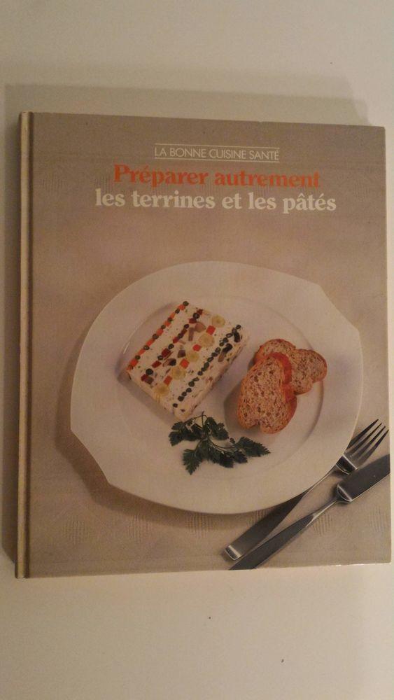 Livre de cuisine Préparer autrement les terrines et les pâté 10 Paris 12 (75)