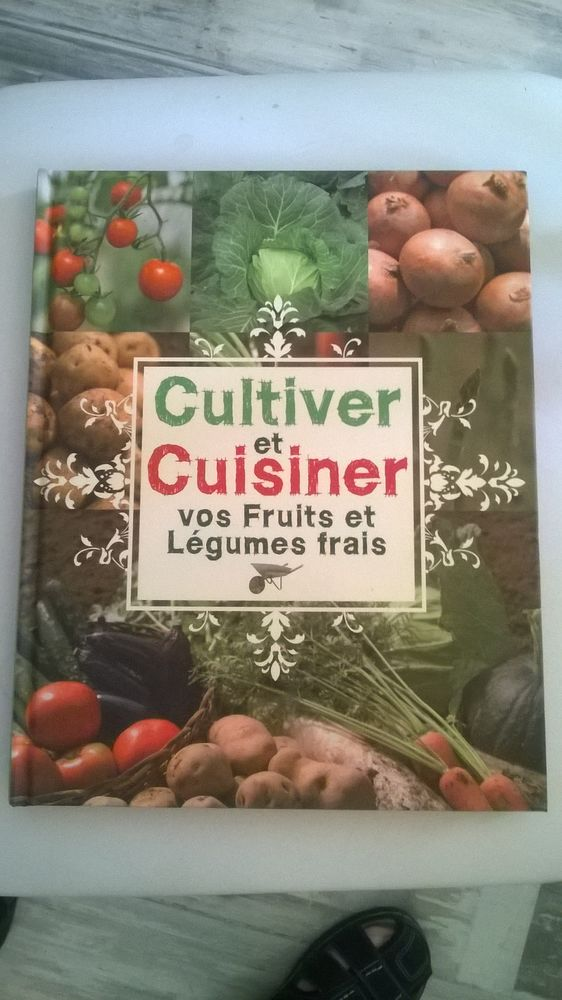 Livre sur cultiver et cuisiner 100 pages cartonnes Avec il 5 Talange (57)