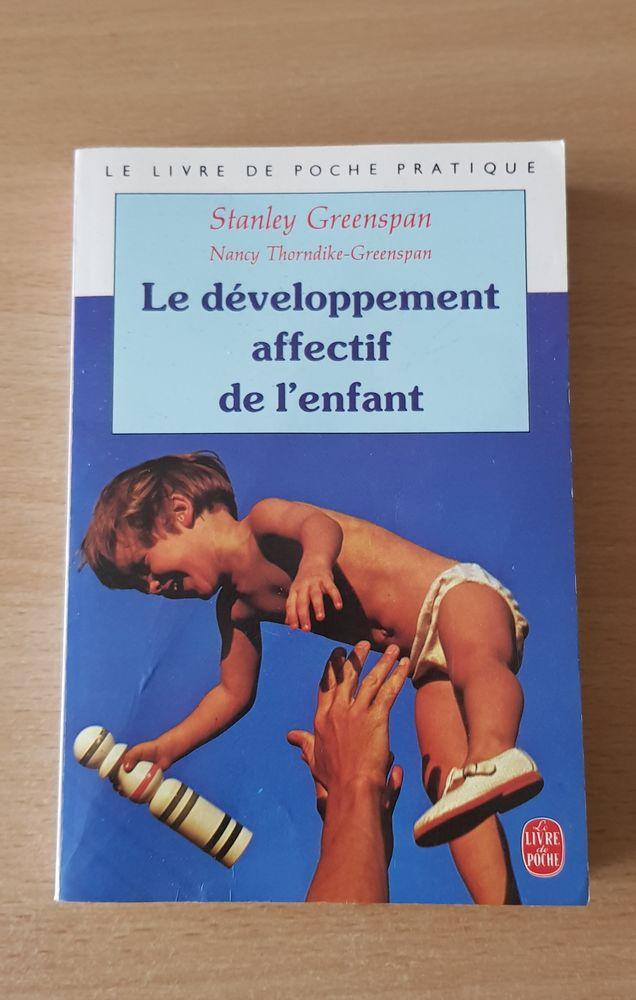 livre  le développement affectif de l'enfant  stanley greens 2 Carnon Plage (34)