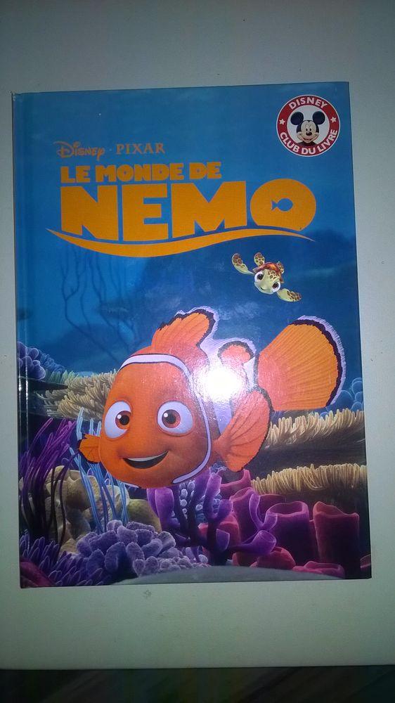Livre Disney club  Le Monde de Nemo 2004 Neuf 2 Talange (57)