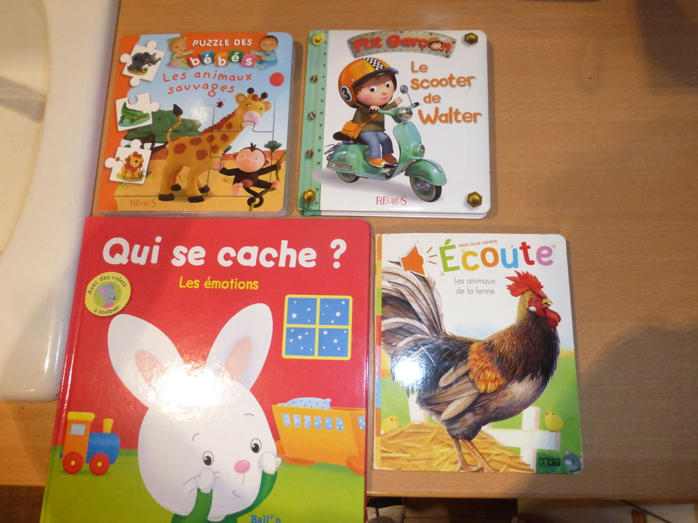 livres pour enfants occasion en rh ne alpes annonces achat et vente de livres pour enfants. Black Bedroom Furniture Sets. Home Design Ideas