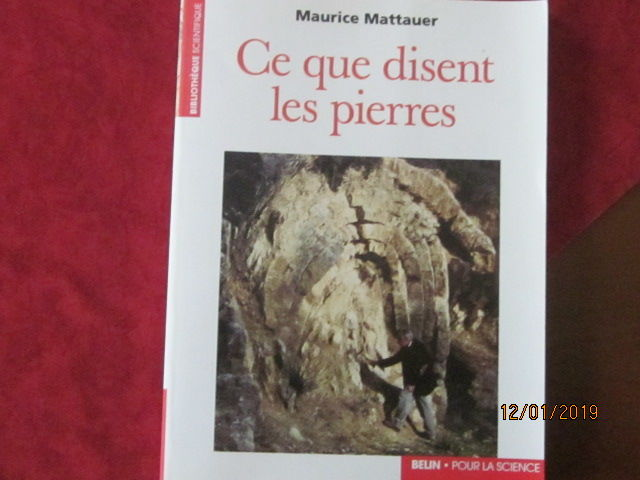 Livre de géologie et de minéralogie  15 Amboise (37)