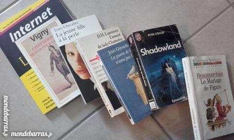 Lot livre Giraudoux,straub,Beaumarchais, Lawrenc Livres et BD
