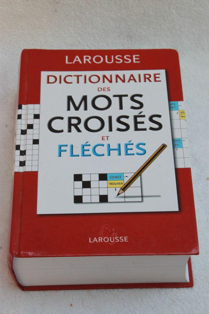 Livre Larousse dictionnaire des mots croisés et fléchés  5 Montigny-Lencoup (77)