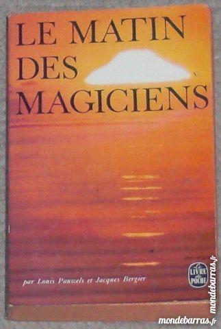 Livre : Le matin des magiciens Livres et BD