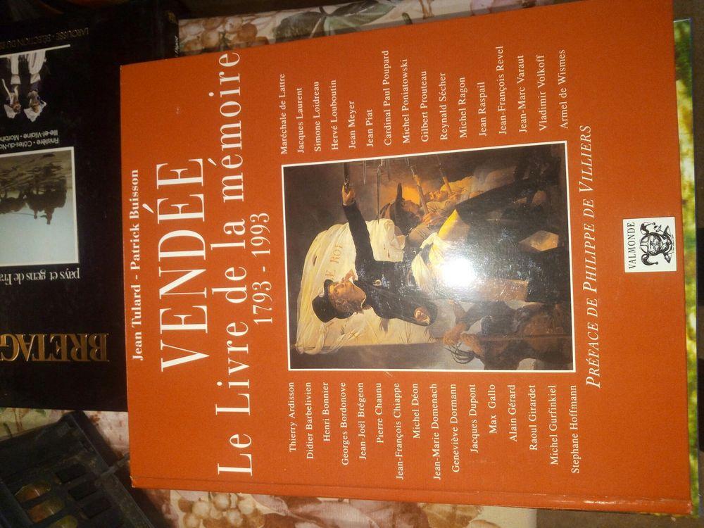 LIVRE EE MEMOIRE 1793-1993 BON ETAT Livres et BD