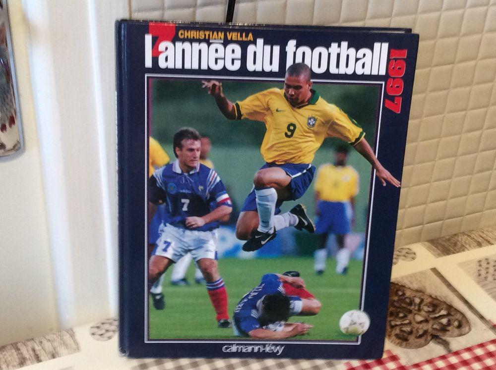 livre neuf football 6 Dinan (22)
