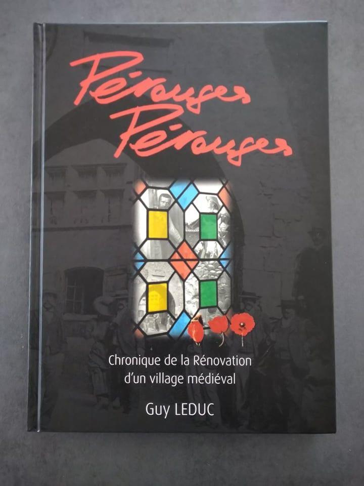 Livre sur Pérouges 16 Bourgoin-Jallieu (38)