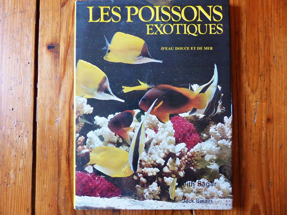 Livre  Les poissons exotiques  6 Strasbourg (67)