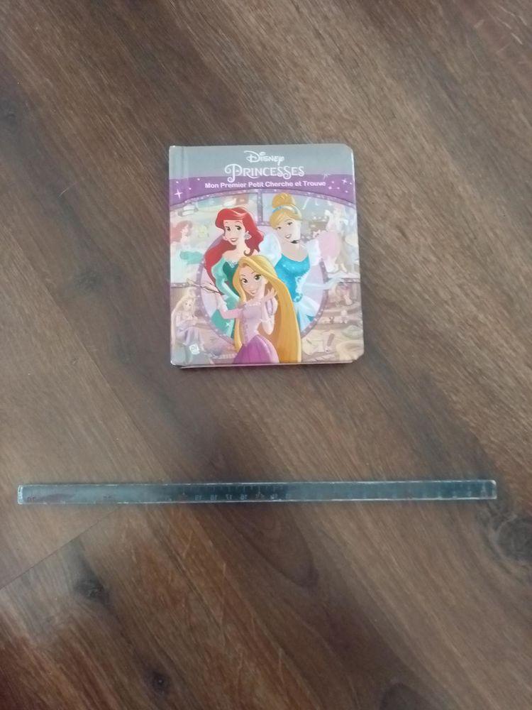 Livre Mon premier petit cherche et trouve Disney Princesses 2 Aurillac (15)