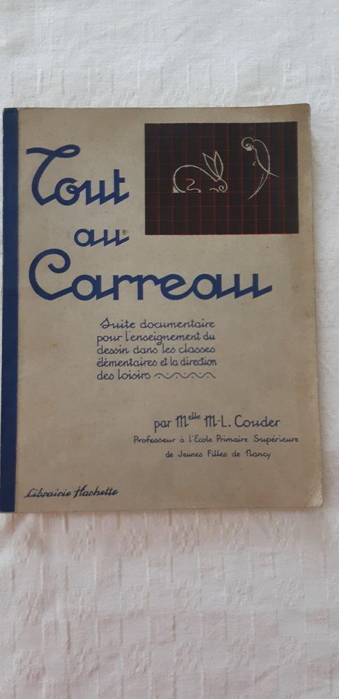 livre rare TOUT AU CARREAU de Mlle M.-L Couder 1939 350 Bussy-Saint-Georges (77)
